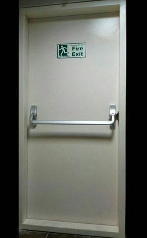 درب ضد حریق با تاییده آتش نشانی